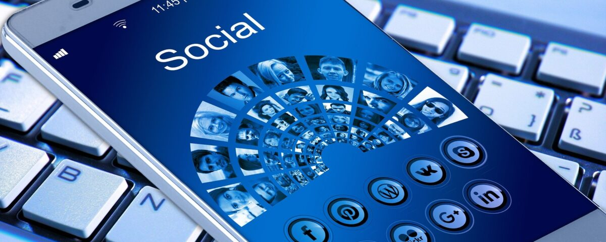 How Businesses Can Engage and Use Social Media the Best Way